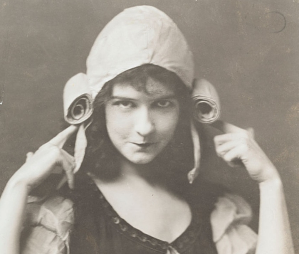 Actress Dorothy Gish in costume as she appears in the 1924 movie Romola. (Photo by  John Springer Collection/CORBIS/Corbis via Getty Images)