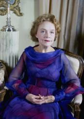 miss lillian gish in her new york apartment, photographed in 1972 by allan warren d