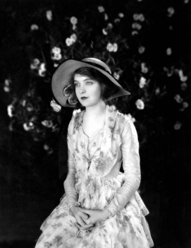 lillian-gish-7 The Wind Promotional PS 1920